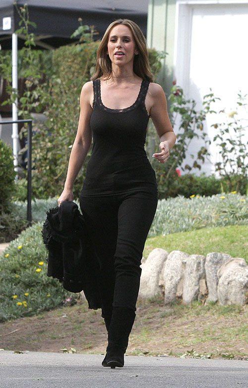 Jennifer Love Hewitt A body shape or Pear shape