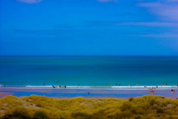 Blue sky beach scene - introduction to colour psychology - why colours make us feel the way they do