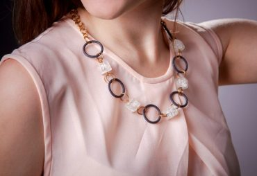 coordinating necklaces to necklines