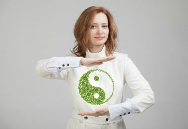 Using Yin and Yang to Communicate with Your Clothes