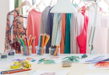 How to Choose Fabrics to Flatter