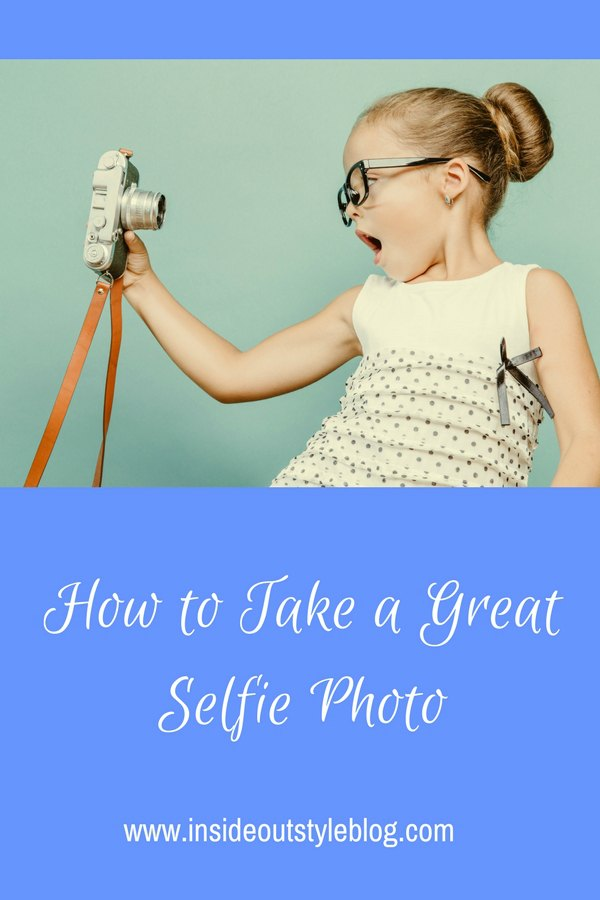 How to take a great selfie photo - how to pose so you look good every time