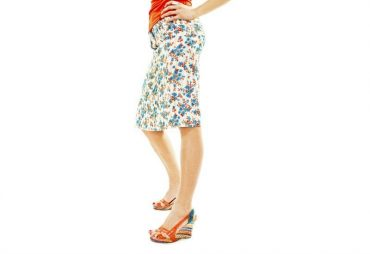 How to find the ideal skirt length depending on the height of your heels