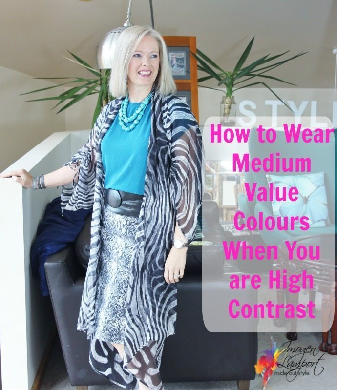 How to wear medium value colours