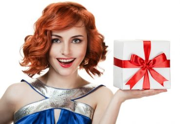 Stylish gift ideas for women who are interested in fashion and style