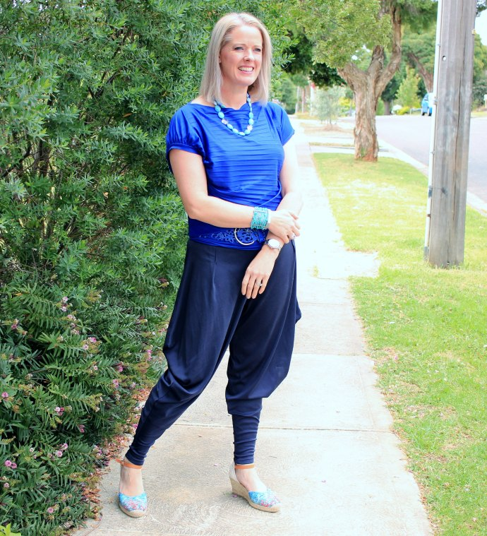 My Summer Style - Navy harem pants with cobalt and turquoise