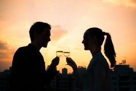 What to do on your next date? Here are 50 fabulous date ideas to try