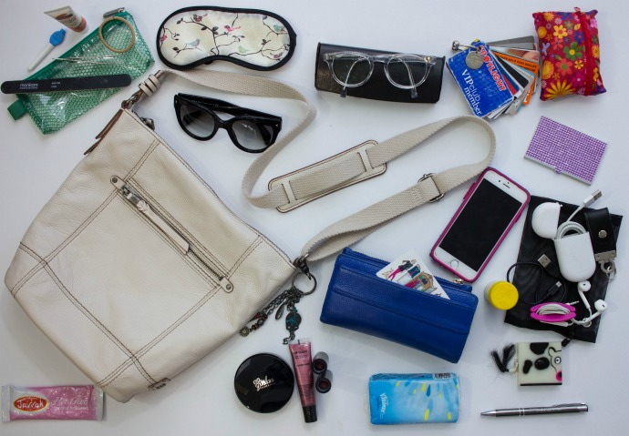 What's inside my handbag