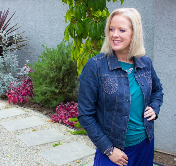 Trusty denim jacket that was perfect for Los Angeles mornings in Spring and Summer - packing and travel tips