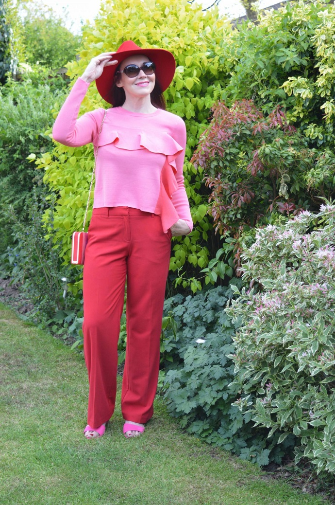 Discover the Stylish Thoughts of Emma Peach of Style Splash 40 plus UK Style Bloggger