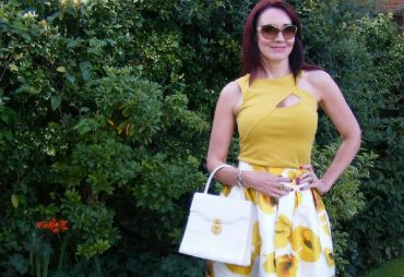 Discover the Stylish Thoughts of Emma Peach of Style Splash 40 plus UK Style Blogger