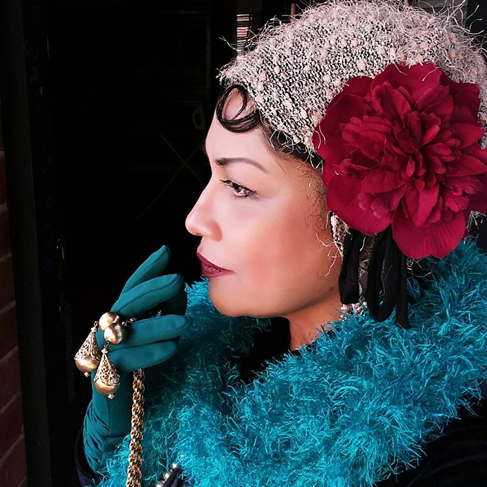 Discover the Stylish Thoughts of the eclectic and adventrous dresser Mrs Maya Plays