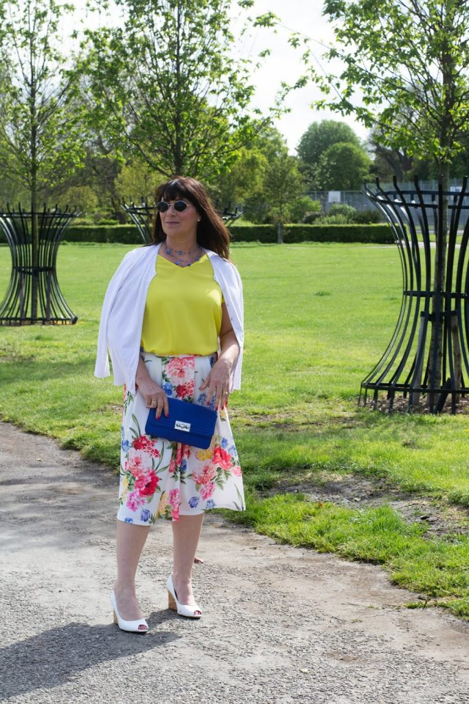 Mummabstylish - shares her Stylish Thoughts