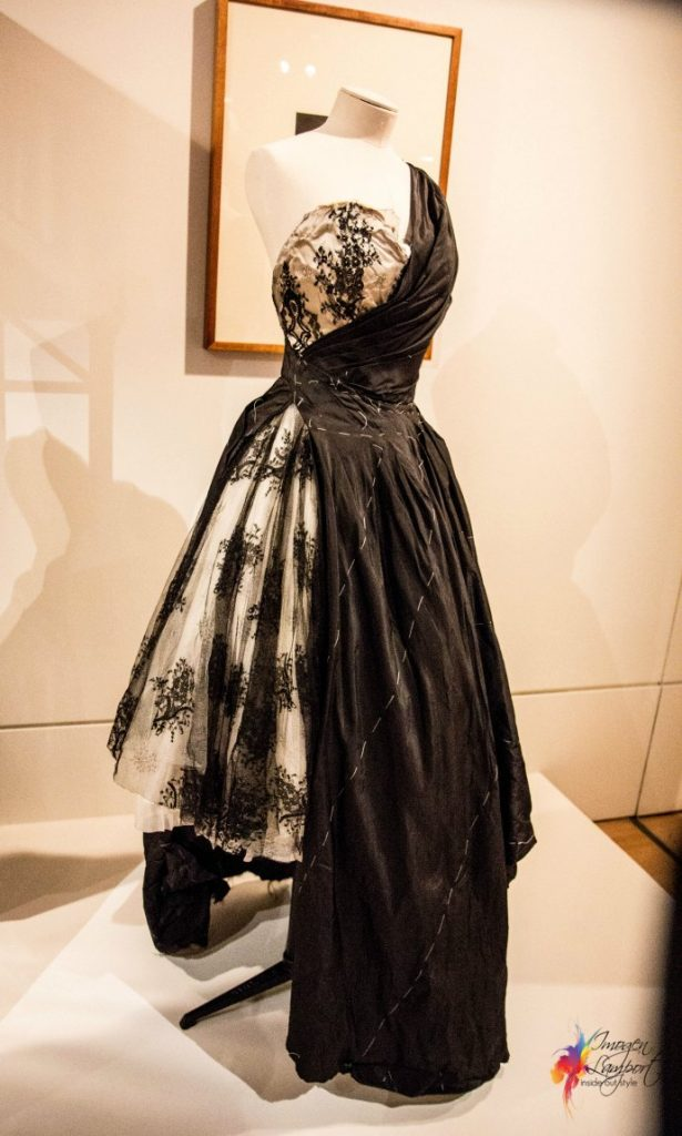 Krystyna Campbell-Pretty Fashion Gift Exhibition at the NGV Melbourne - Alexander McQueen Toile