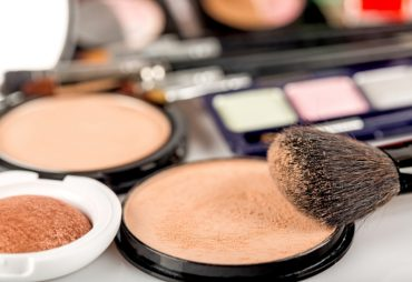 How to Choose the Right Style of Foundation For You