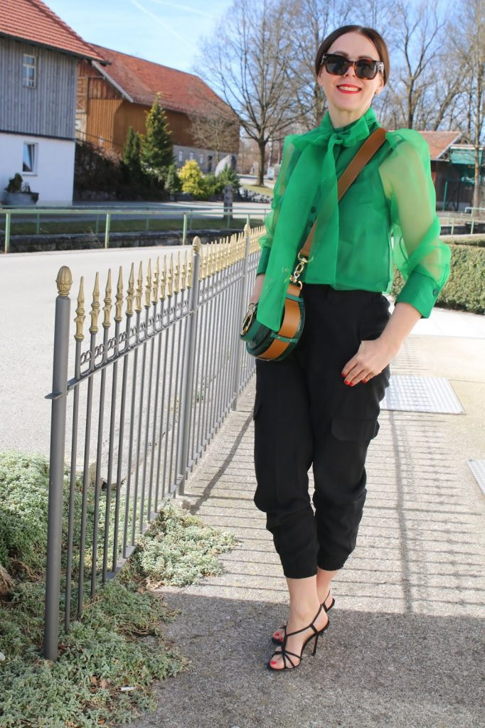 Dressing with Soul: Stylish Thoughts - green blouse