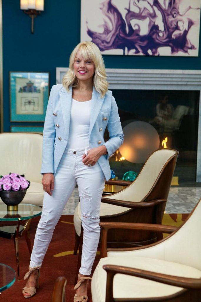 Stylish Thoughts - discover the style tips and thoughts of Johanna Grange, 40+ life and style blogger on www.insideoutstyleblog.com