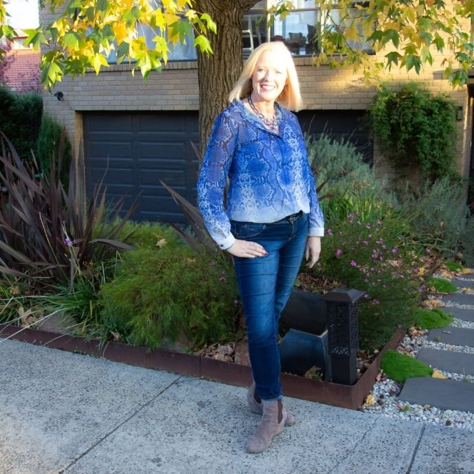 What to wear with Jeans - blouse and boots