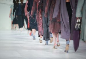 Should you follow the current fashion trends? How to know, the questions to ask yourself