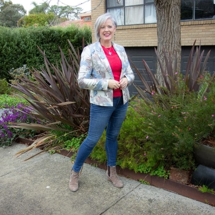 3 things I've learned from blogging about style for 13 years - taking outfit photos makes a huge difference